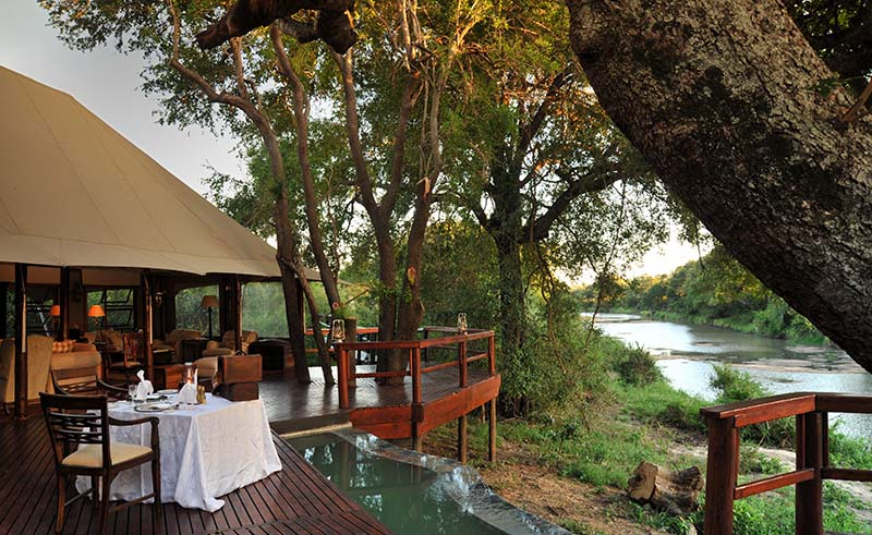 1. SIGNATURE HAMILTONS TENTED CAMP