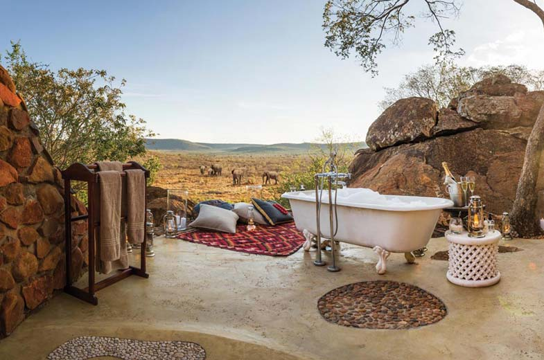 bathroom-with-a-view-madikwe-luxury-lodge
